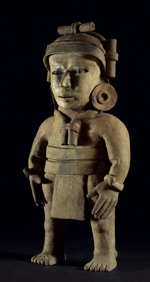 Lot 111. Anthropomorphic Figure. Culture Veracruz, Remojadas style, Mexico  Classic, 450-650 AD H. 50 cm - L. 24 cm Estimate: €12,000-14,000. Provenance: Galerie Mermoz, Paris, 1982.