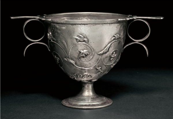 Lot 144. A ROMAN SILVER SKYPHOS CIRCA LATE 1ST CENTURY B.C. TO 1ST CENTURY A.D. 3 7/16 in. (8.8 cm.) high Estimate: $30,000-50,000. Provenance Acquired by the current owner on the Zurich market, 1988. Click on image to enlarge.