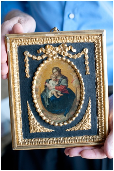 A miniature of Queen Victoria and the daughter who was named for her, a work being returned to Germany where the princess became Empress Friedrich. Credit Brandon Thibodeaux for The New York Times.